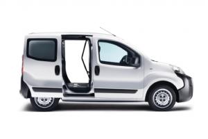 Peugeot-Bipper-bedrijfswageninrichtingteus.png